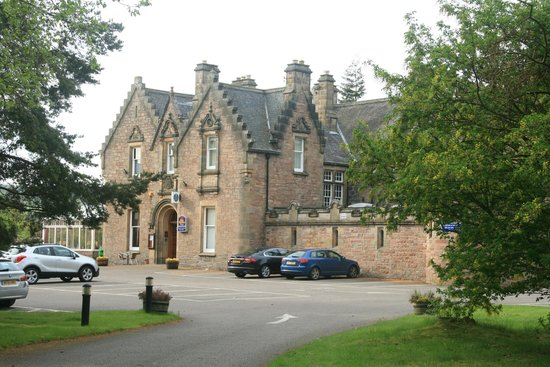 BEST WESTERN PLUS Inverness Lochardil House Hotel: Main building