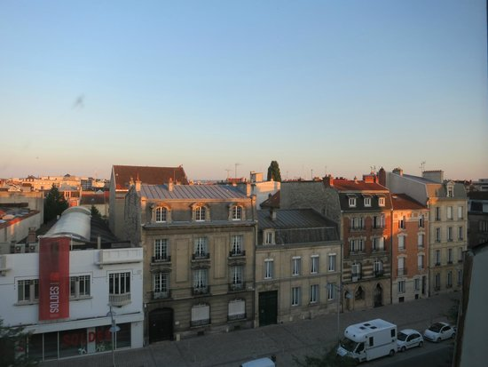Holiday Inn Reims Centre: View from the terrace restaurant