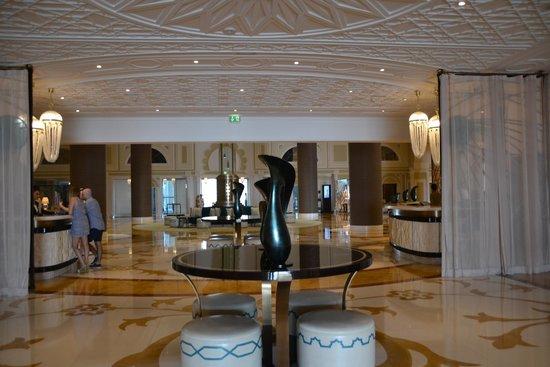 Waldorf Astoria Ras Al Khaimah: rreception area
