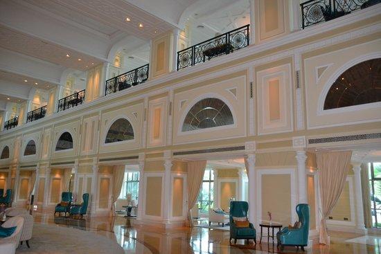 Waldorf Astoria Ras Al Khaimah: foyer