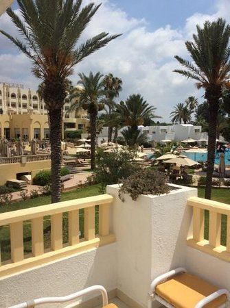 Hotel Palace Hammamet Marhaba: июль 2014, вид из открытого окна, номер 114