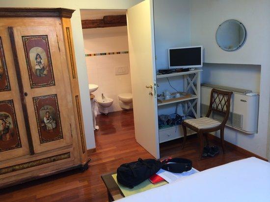 La Villeggiatura: our room