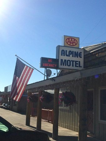 Alpine Motel : front office