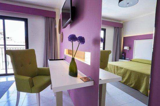 The Purple Hotel by Ibiza Feeling: The PURPLE Hostel by Ibiza Feeling