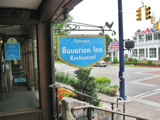 Bavarian Inn Restaurant: entrance