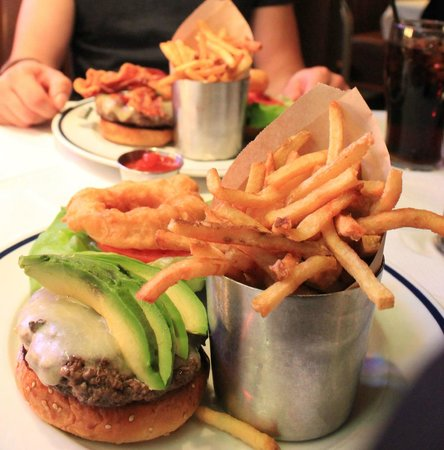 Brooklyn Diner : Burger&Fries