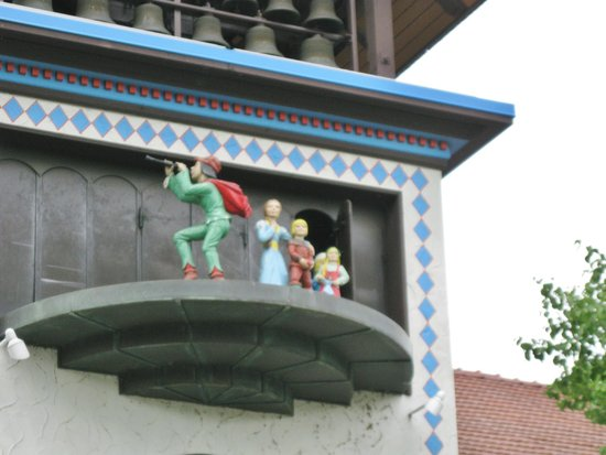 Bavarian Inn Restaurant: Pied Piper show
