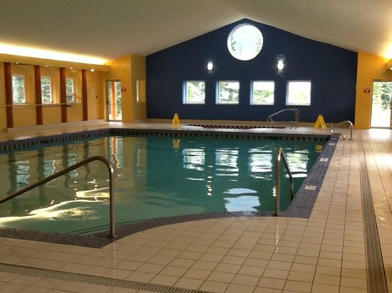 Manning Park Resort: Pool in Rec Centre.