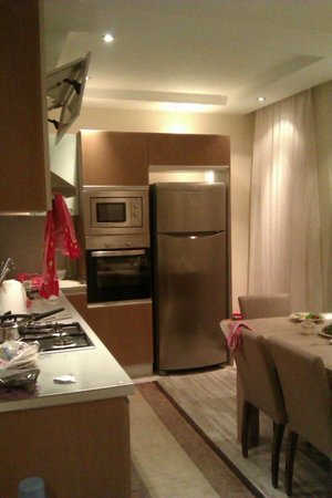 Roza Apartments 2