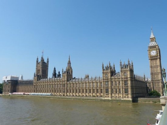 Houses of Parliament: View from Westminster Bridge