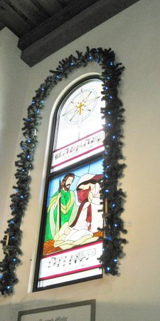 Bronner's Christmas Wonderland: stained glass windows