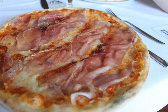 Waister: Pizza with Asiago Cheese & Speck