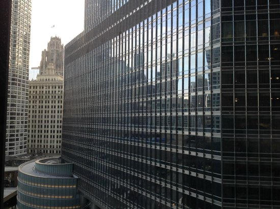The Langham, Chicago: View of Trump Tower from East facing room