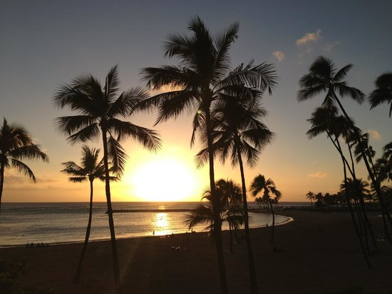 Hilton Hawaiian Village Waikiki Beach Resort : Por do Sol