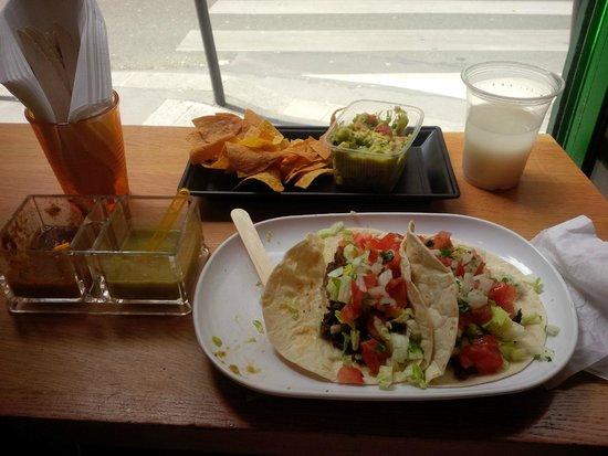El Guacamole : Taco Meal