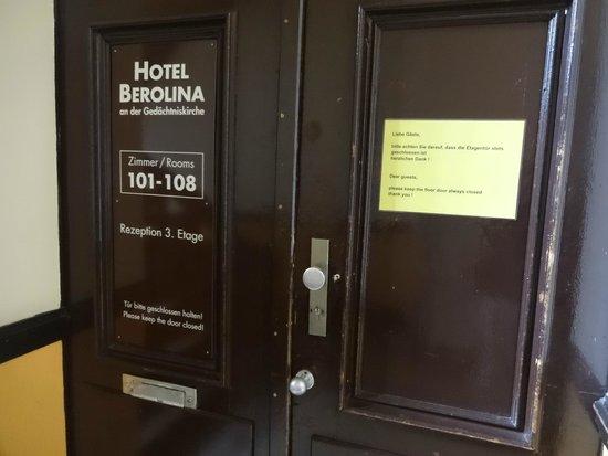 Berolina an der Gedächtniskirche: Entrada para os quartos