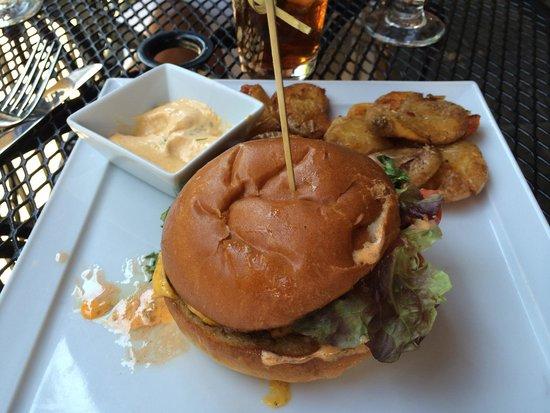 Isa's Bistro: Duane's Double Burger