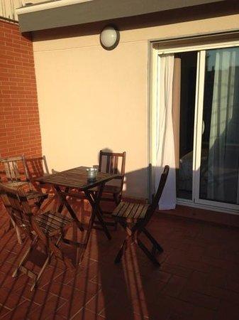 Chic & Basic Ramblas: terrazza della camera al sesto piano