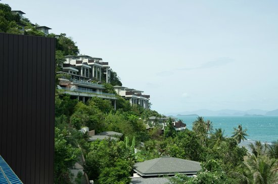 Conrad Koh Samui Resort & Spa: View of the other villas from our room