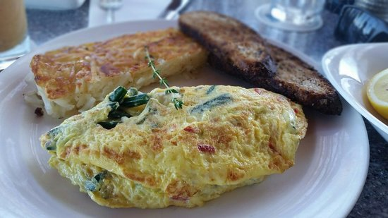 Ma'la - An Ocean Tavern: Omelette of the day.