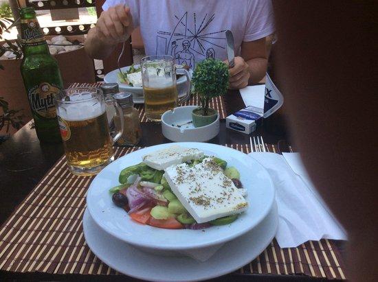 Smile Cafe Restaurant : La salade grecque - Smile
