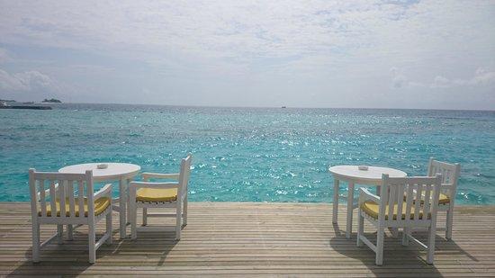 Cinnamon Dhonveli Maldives : Rhendi restaurant view