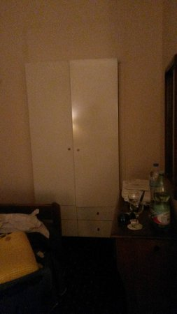Konstantinoupolis Hotel: dettaglio stanza