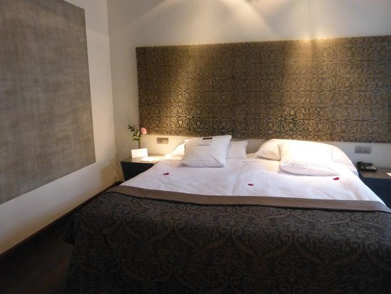 Hospes Palacio del Bailio: Beautiful bedroom
