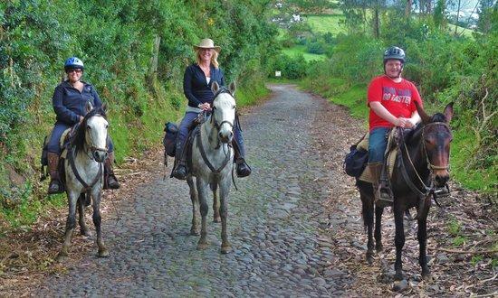 Hacienda La Alegria : Out on a ride!