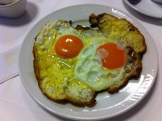 Hotel del Porto: 4 Star Hotel Experience: this is how they serve sunny side eggs. What a journey?