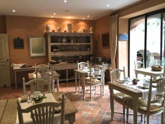 Hotel du Poete: Sala colazione