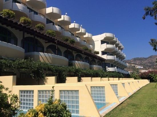 Atrium Palace Thalasso Spa Resort & Villas: swim up rooms