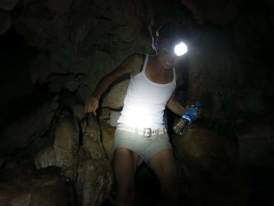 Khao Mai Kaew Cave: it's dark for real without the camera flash