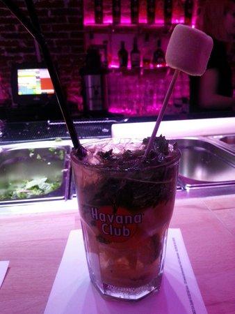 Studio 54 Cocktails & Pintxos Bar: Mojito