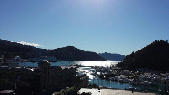 Harbour View Motel Picton: Wow - view from our balcony.