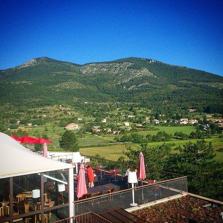 Hotel & Spa des Gorges du Verdon : Uitzicht van onze kamer
