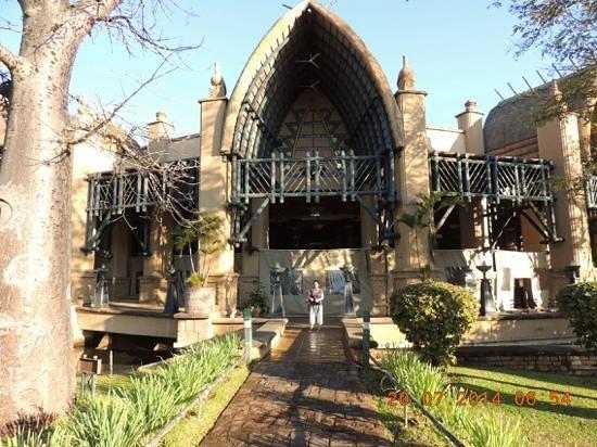 The Kingdom at Victoria Falls: Kingdom magic