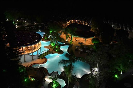 Blue Sea Beach Resort : Night  view from balcony