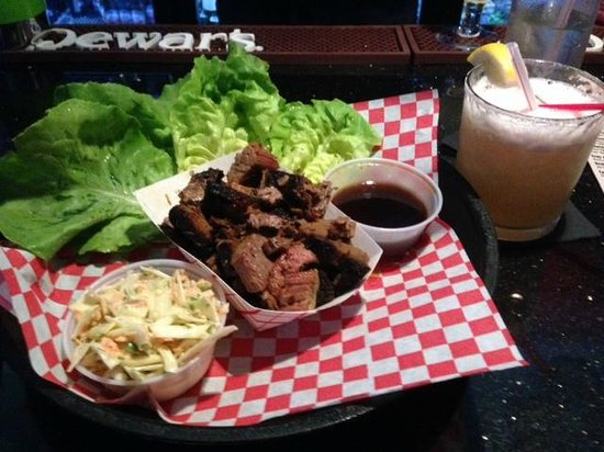 Hollywood Smokehouse : Korean Lettuce Wraps with Beef Brisket & Zesty Basilista