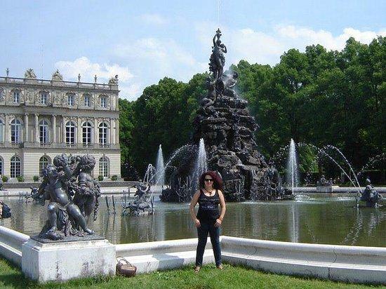 Schloss Herrenchiemsee: Fontes em frente ao palácio