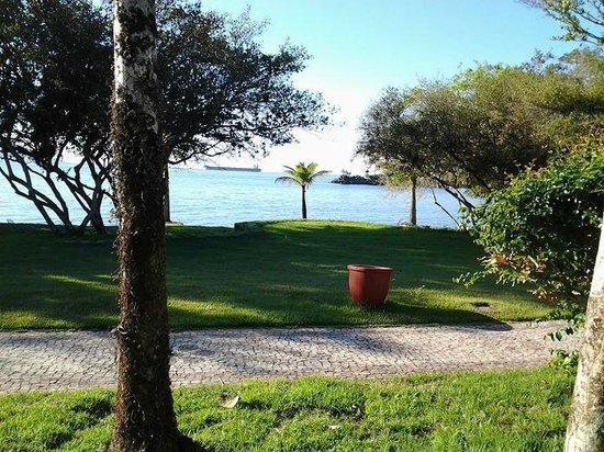 Club Med Rio Das Pedras: vista do caminho do quarto até o restaurante