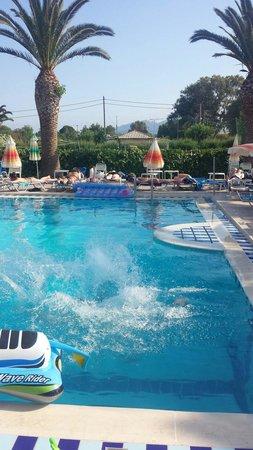 smartline Margarita Hotel: Childrens pool