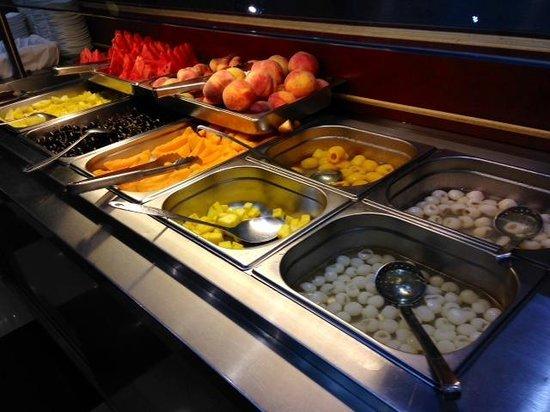 Wok of Milan: buffet