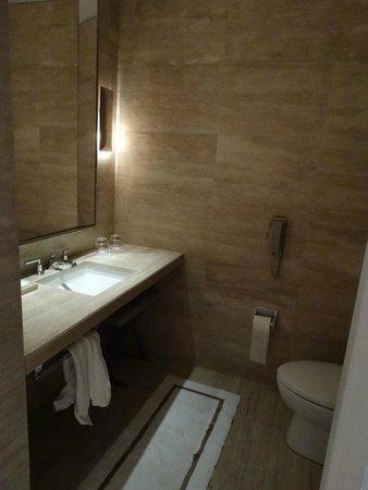 The St. Regis Bal Harbour Resort: banheiro (2)