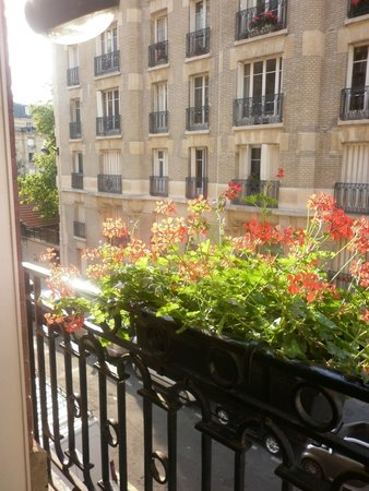 Hotel Ares Paris : Room View