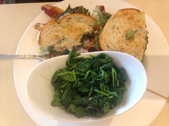 Chow Down Diner: Chicken avocado sandwivh