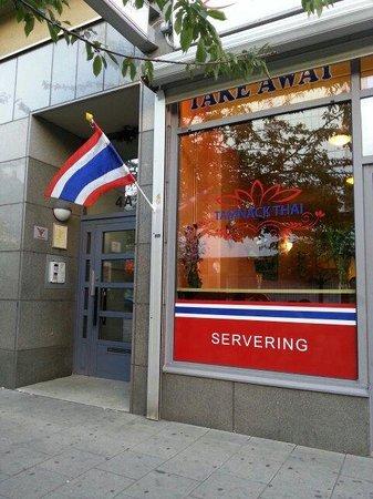 Tamnack Thai : Restaurangen från utsidan