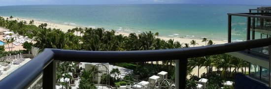 The St. Regis Bal Harbour Resort: Vista oceânica e áreas do hotel