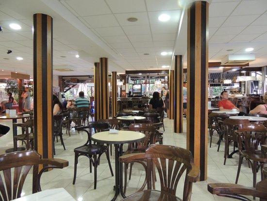 H·TOP Palm Beach & SPA: bar