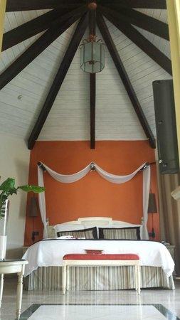 The Royal Suites Yucatan by Palladium: Habitación Mayan Suite